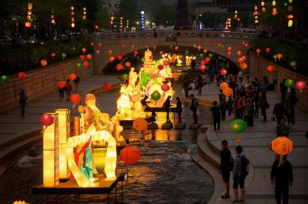 Seoul Lantern Festival, Indahnya Taburan Cahaya di Sungai Cheonggyecheon Korea Selatan