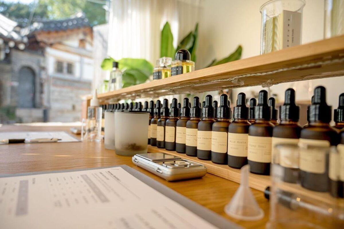 Buat Parfum-mu Sendiri di AROMIND Seoul, Korea Selatan