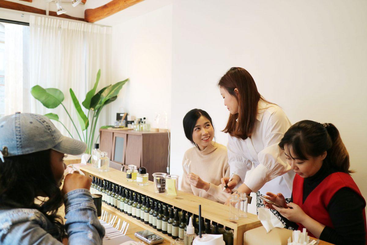 Lokakarya Parfum AROMIND